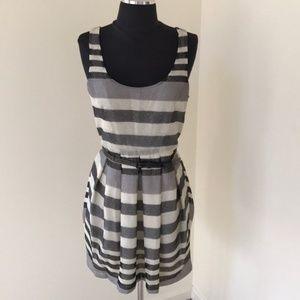 NWT! BCBGeneration Grey Multi Size 8 Short Dress